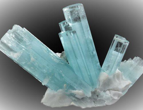 ACQUAMARINA – Varietà di berillo (Beryl, Aquamarine)
